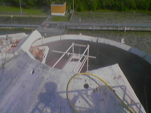 Hotze-OGT-Betonschneiden mit Wasserhöchstdruck hier Abriss eines Fäulnisturms im Explosionsgeschützten Bereic