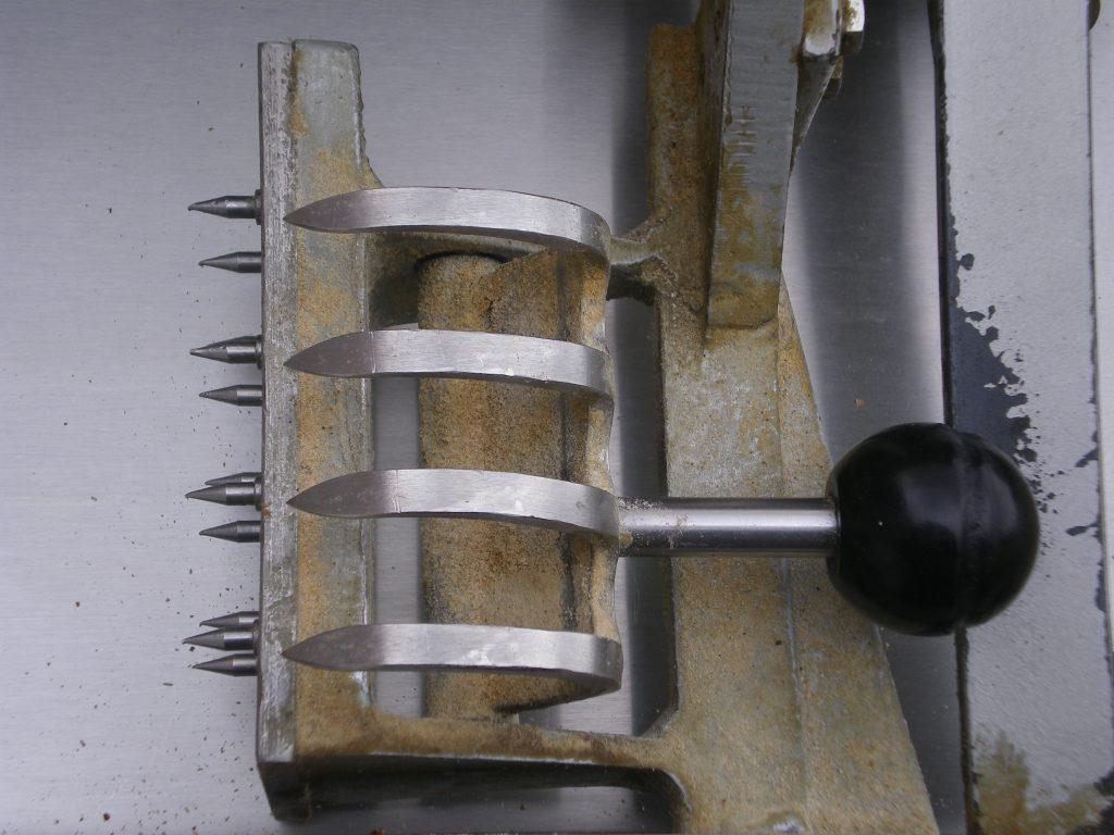 Hotze-OGT-Brothalter in einer Brotschneidemaschine vorher