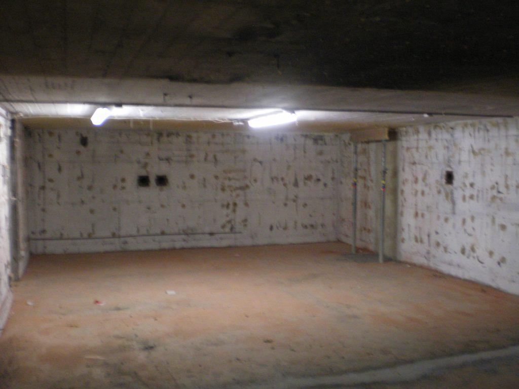 Hotze-OGT-Bunkerraum Vorher