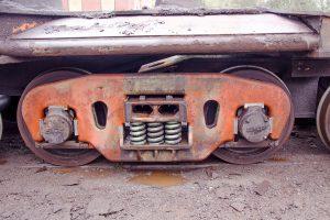 Hotze-OGT-Schienenwagen Fahrgestell vor der Reinigung mit 2.500 Bar