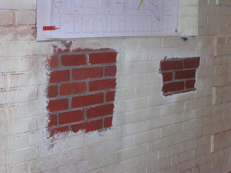 Hotze-OGT-Farbentfernung und Entschichtung im Fassadenbereich unter Denkmalschutz